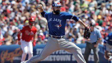 MLB-Blue-Jays-Shoemaker-throws-in-spring-training