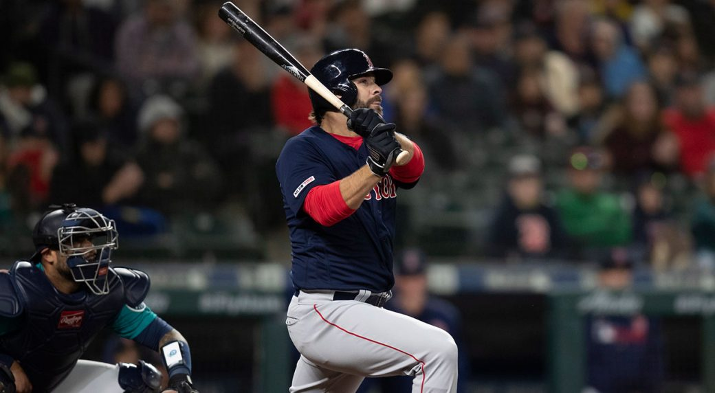 super popular b844c ff953 Moreland's ninth-inning homer gives Red Sox win over ...