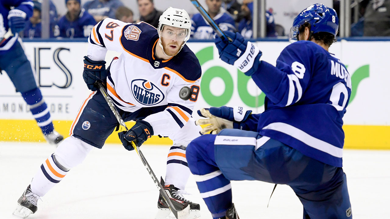 NHL-Oilers-McDavid-skates-against-Maple-Leafs