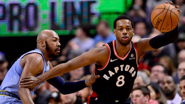 Raptors-Loyd-posts-up-against-Grizzlies