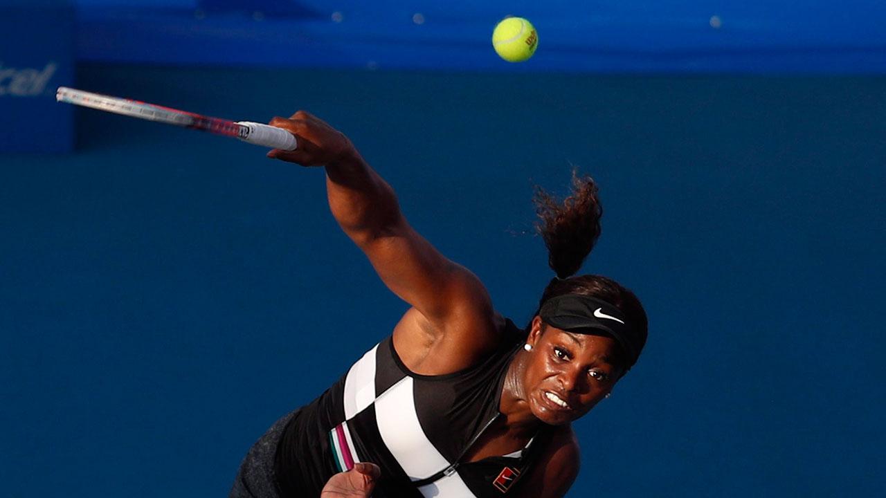Tennis-WTA-Stephens-hits-serve
