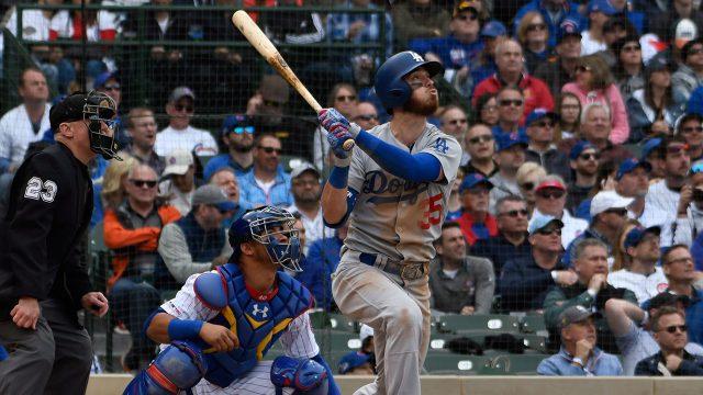 MLB-Dodgers-Bellinger-hits-sacrifice-fly-against-Cubs