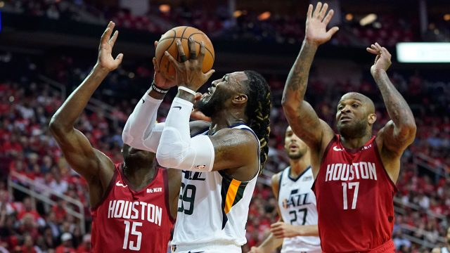 NBA-Jazz-Crowder-shoots-against-Rockets