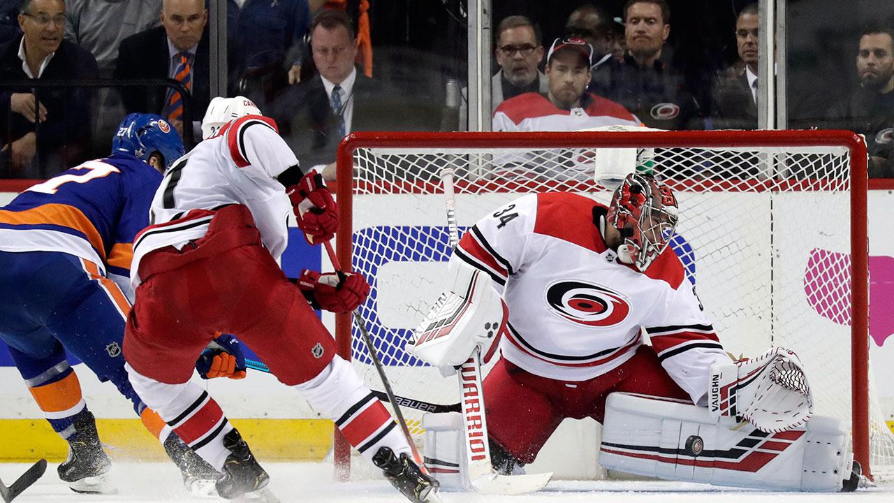 Petr-Mrazek-makes-save-vs-Islanders