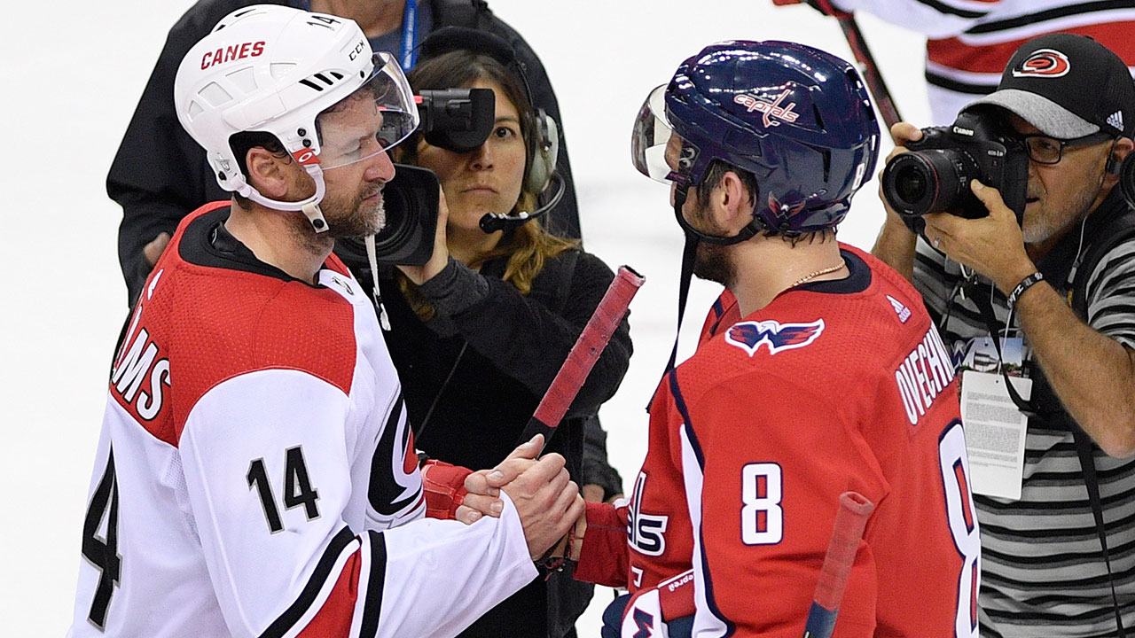 justin-williams-alex-ovechkin-handshake-line