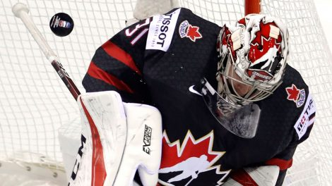 Hockey-Hart-makes-save-at-world-championship