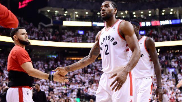 Kawhi-Leonard-Toronto-Raptors-Game-52
