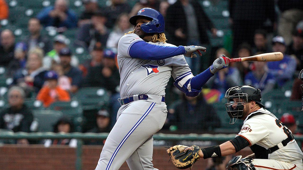 MLB-Blue-Jays-Guerrero-Jr-hits-against-Giants
