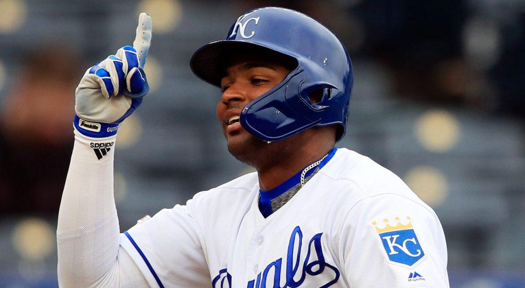 MLB-Royals-Gutierrez-celebrates-home-run-against-Rays