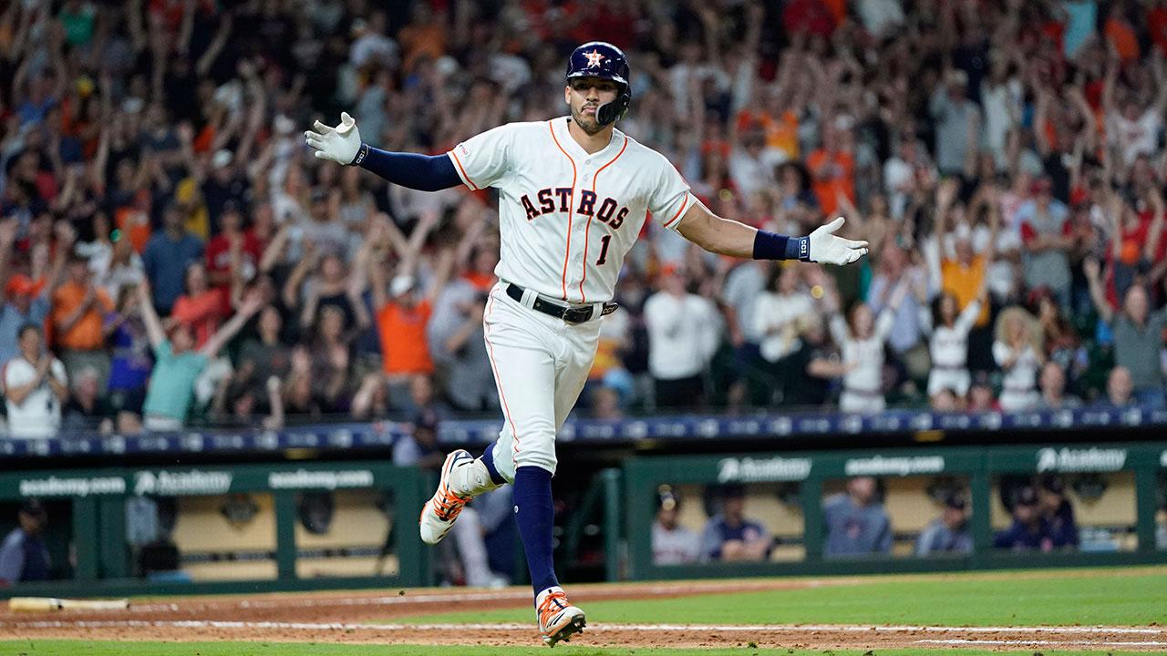 MLB-Astros-Correa-celebrates-RBI-single