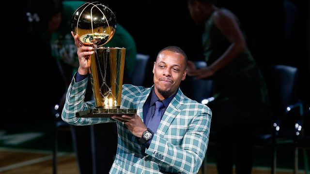 NBA-Paul-Pierce-holds-up-trophy