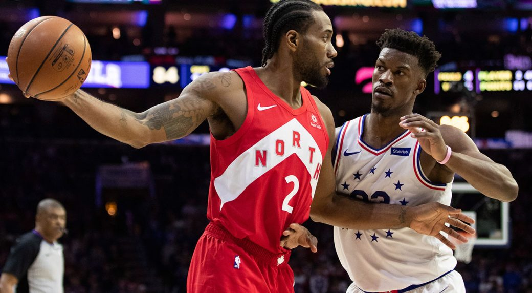 NBA-Raptors-Leonard-fends-off-76ers-Butler