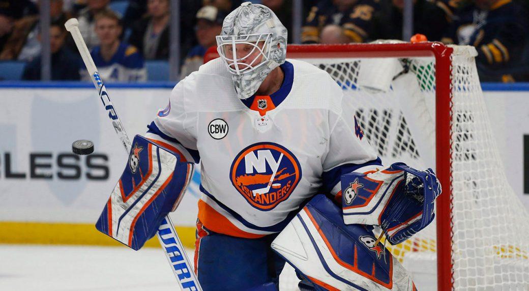 best sneakers 54e11 b54b0 Lehner signs 1-year deal with Blackhawks, says Islanders ...