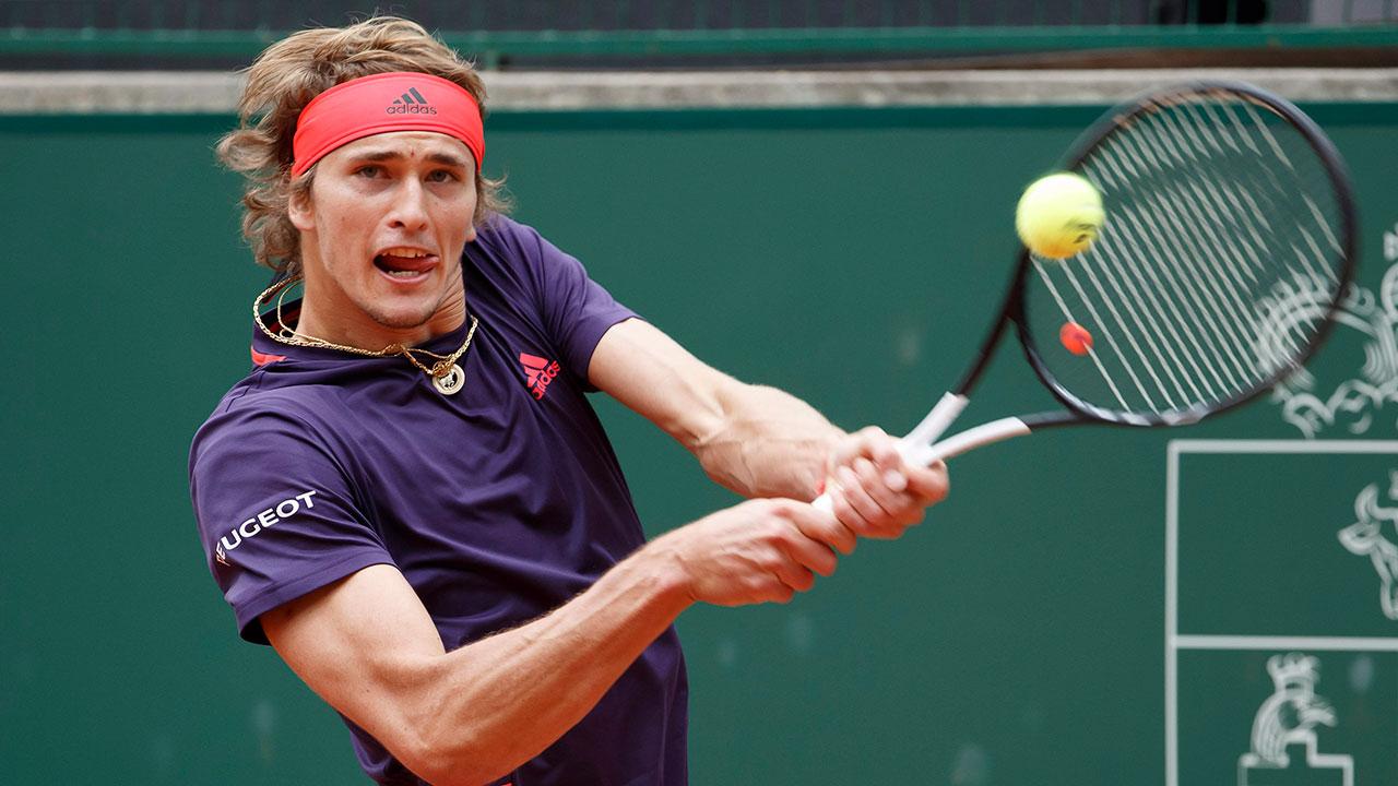 Tennis-ATP-Zverev-hits-shot-at-Geneva-Open