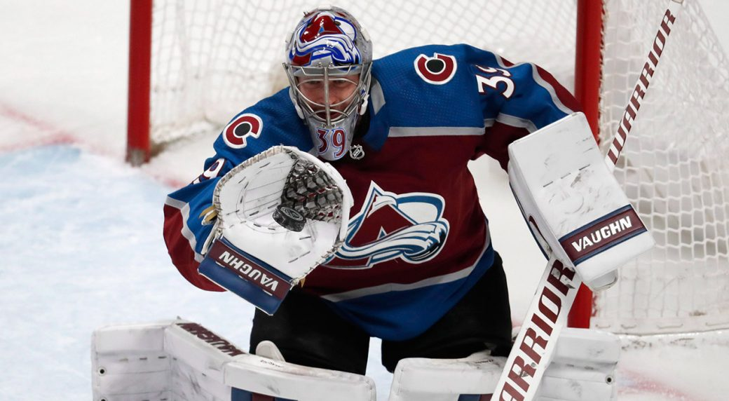 avalanche-goaltender-pavel-francouz-makes-a-glove-save
