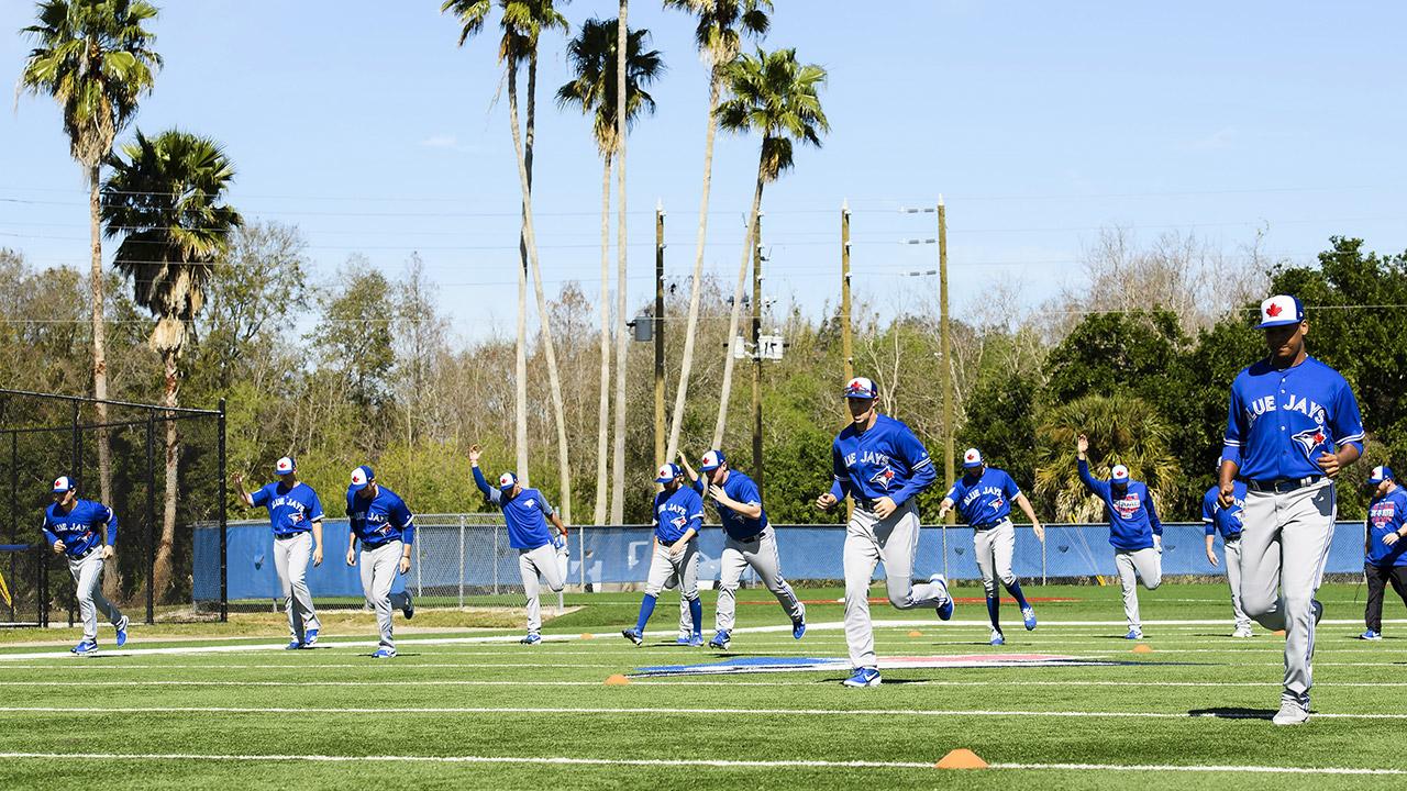 blue-jays-warm-up-during-spring-training