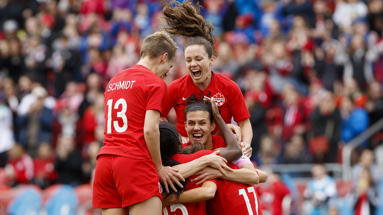 Canadian captain Christine Sinclair scores career goal No. 181