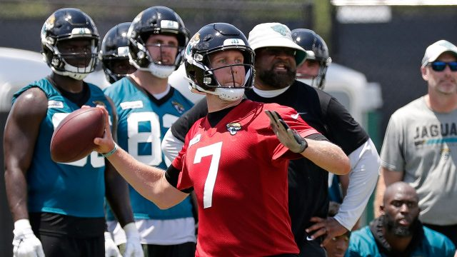 jaguars-quarterback-nick-foles-throws-during-practice