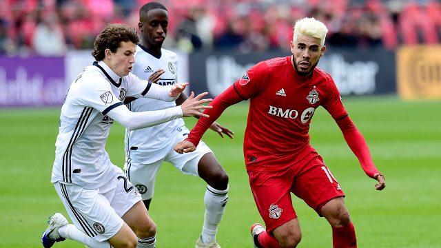 union-midfielder-brenden-aaronson-battles-with-tfcs-alejandro-pozuelo