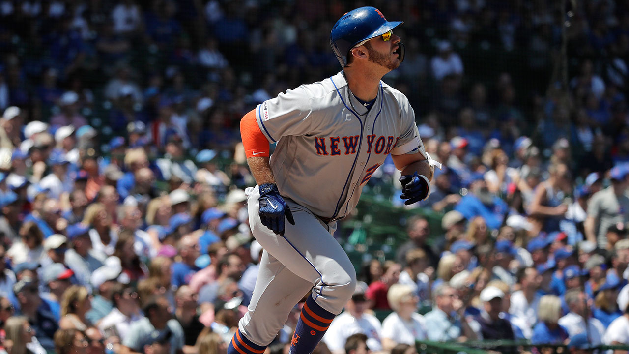 Mlb-mets-alonso-hits-home-run