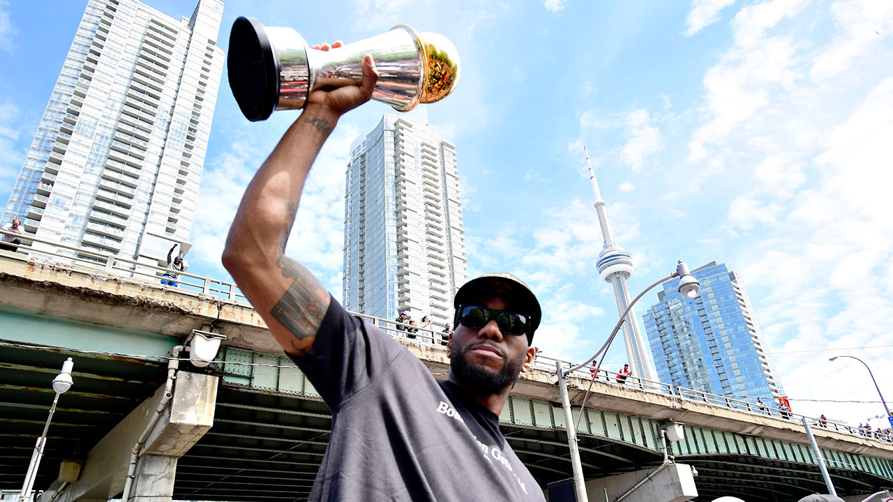 Kawhi Leonard voted NBA's best player in ESPN coaches poll