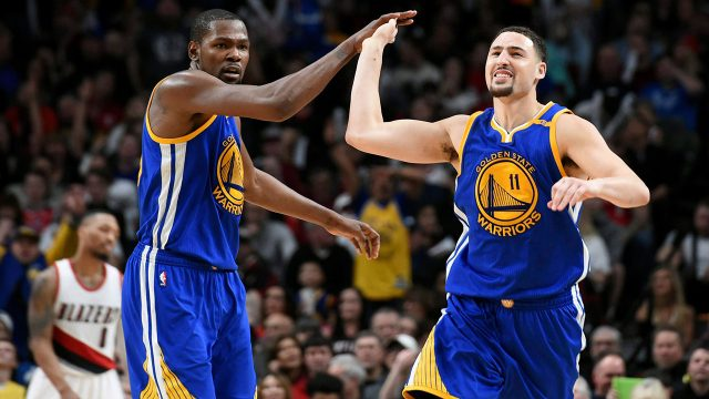 NBA-Warriors-Durant-Thompson-celebrate-bucket