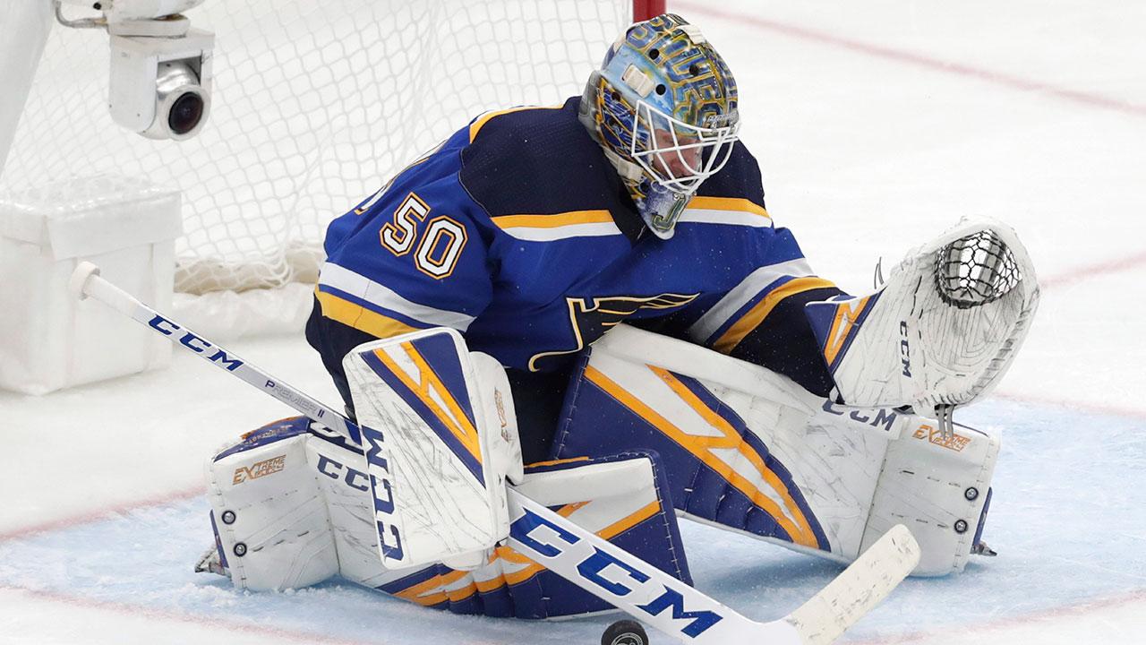 NHL-Blues-Binnington-makes-save