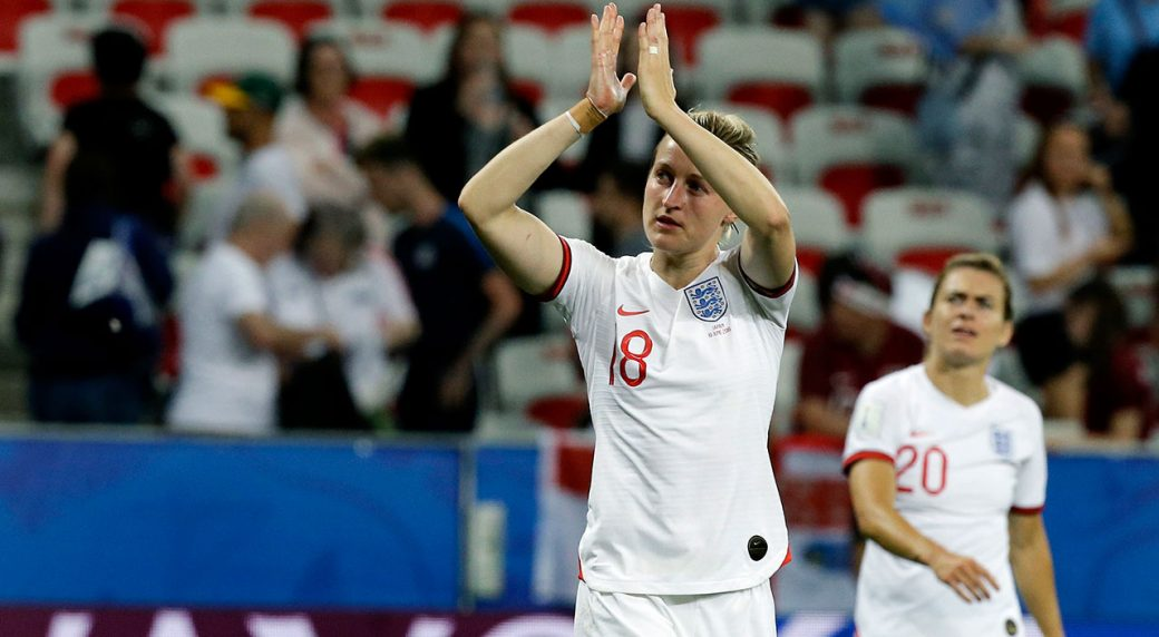 Soccer-World-Cup-England-White-applauds-after-match