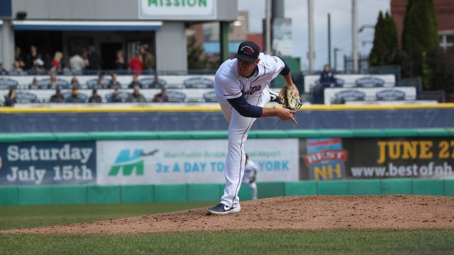 blue-jays-prospect-patrick-murphy-pitches-for-new-hampshire