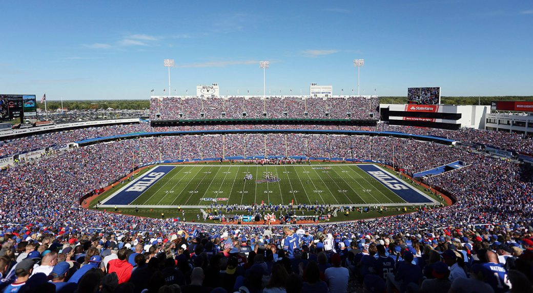 fans-watch-as-buffalo-bills-host-arizona-cardinals