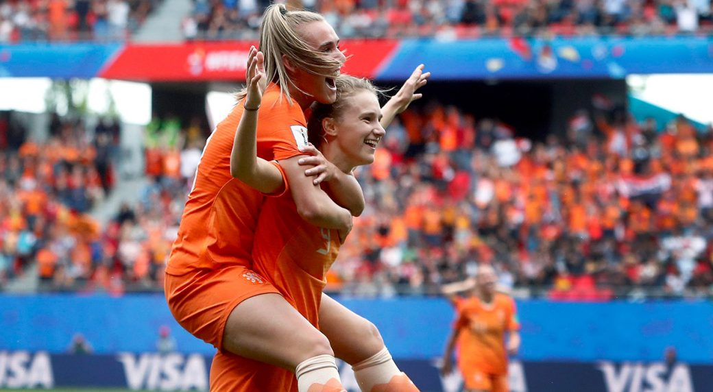 netherlands-vivianne-miedema-celebrates-goal-with-teammate-jill-roord