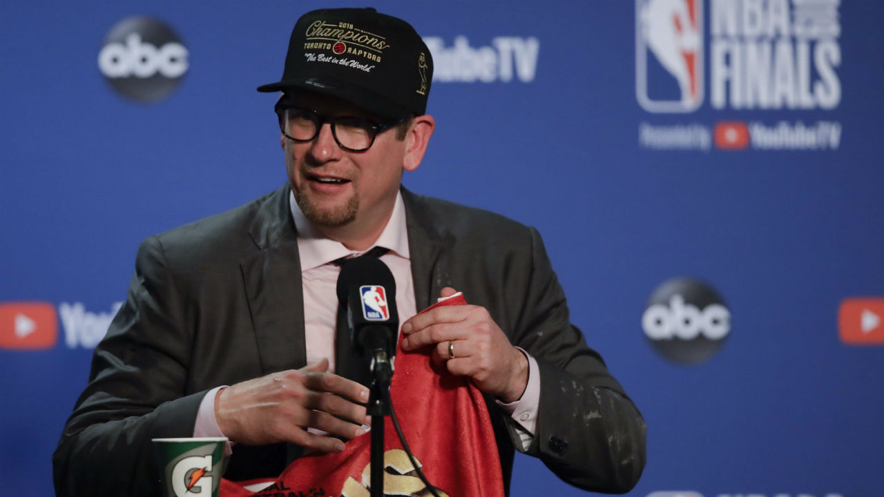 Toronto-Raptors-head-coach-Nick-Nurse-speaks-at-a-news-conference-after-the-Raptors-defeated-the-Golden-State-Warriors-in-Game-6-of-basketball's-NBA-Finals-in-Oakland,-Calif.,-Thursday,-June-13,-2019.-(Ben-Margot/AP)
