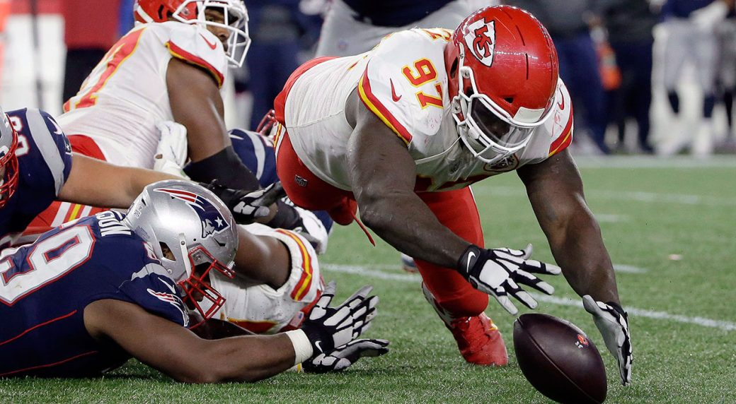 Falcons sign defensive end Allen Bailey to two-year ...