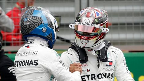 Auto-racing-Bottas-talks-to-Hamilton