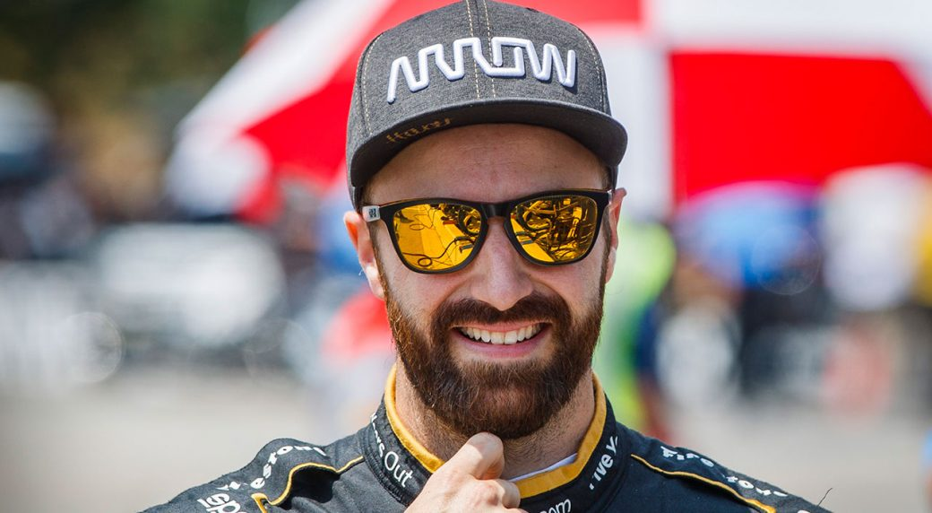 Auto-racing-Hinchcliffe-smiles