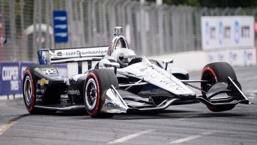 Auto-racing-Pagenaud