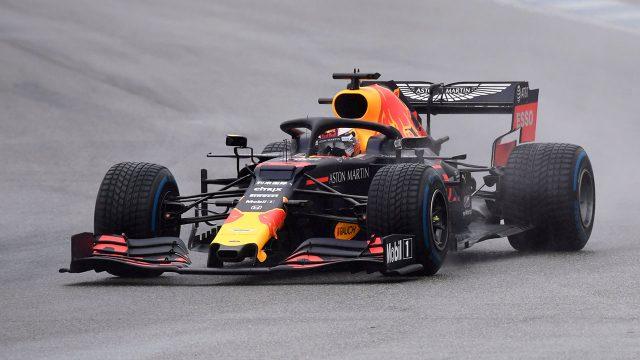 Auto-racing-Verstappen-races