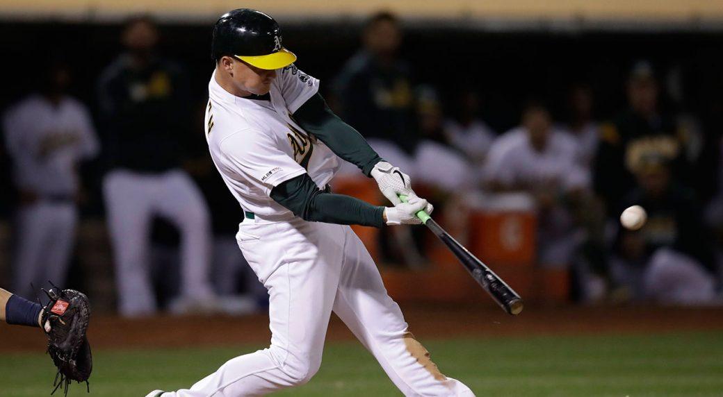 MLB-Athletics-Chapman-hits-home-run