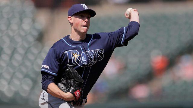 MLB-Rays-Yarbrough-throws