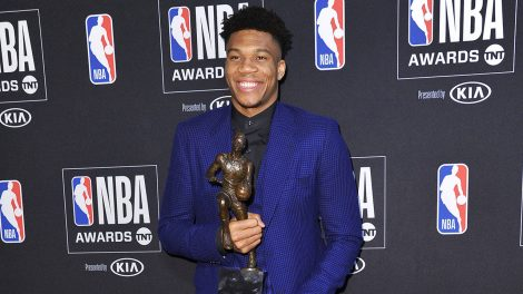 NBA-Giannis-poses-with-MVP-trophy