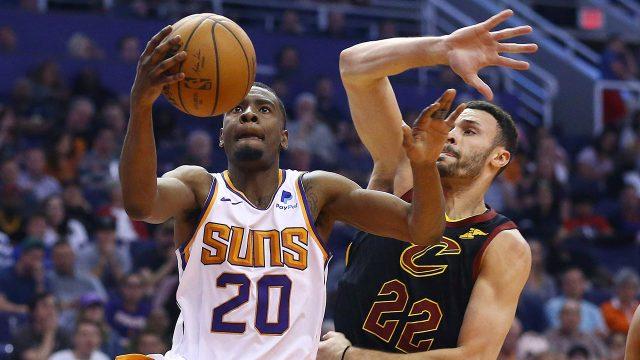 NBA-Suns-Jackson-drive