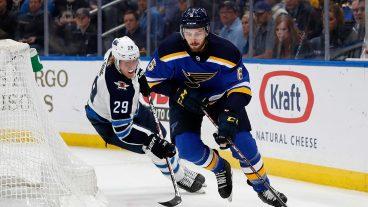 NHL-Blues-Edmundson-skates