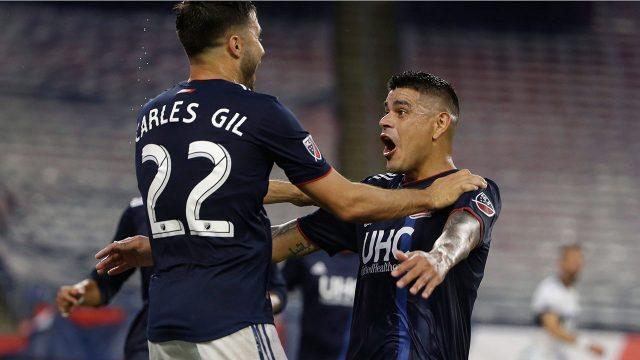 Soccer-Gil-celebrates-goal