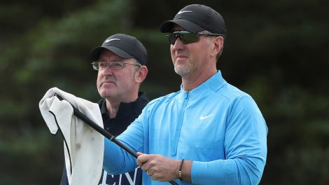 david-duval-cleans-club-at-the-open