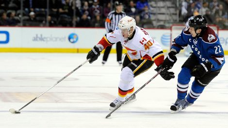 flames-alex-tanguay-skates-against-avalanche