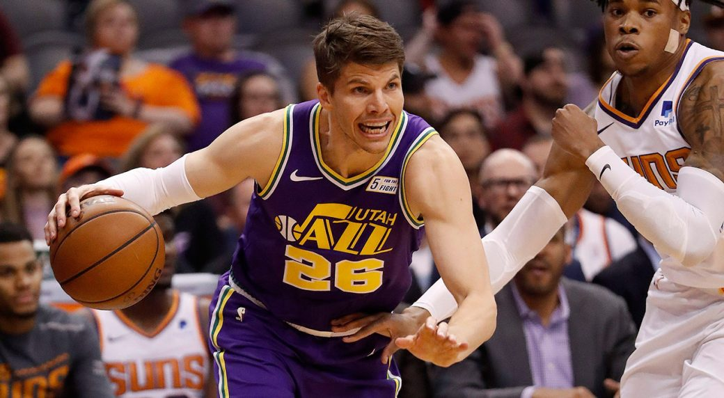 Bucks, sharpshooter Korver agree on one-year contract