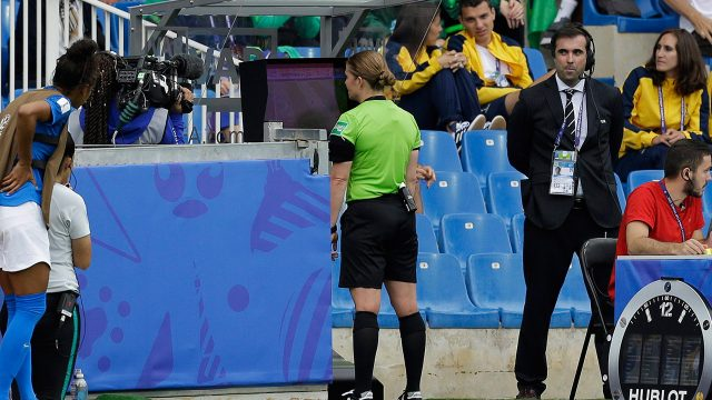 referee-reviews-play-with-var-at-womens-world-cup