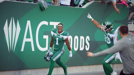 roughriders-shaq-evans-celebrates-touchdown-against-lions
