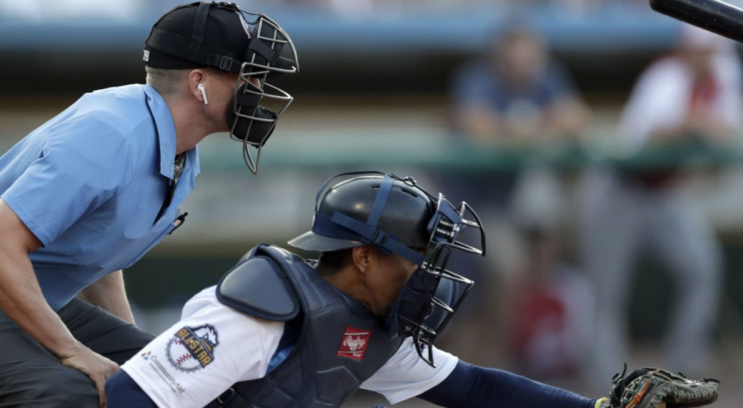 'Robot umpires' debut in independent U.S. baseball league