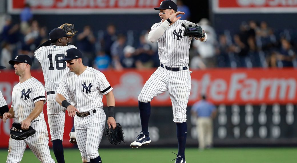 yankees-celebrate-doubleheader-win-over-rays